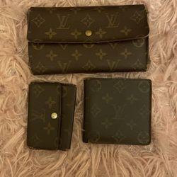 Louis Vuitton Wallets/keychain Holder Set  Thumbnail