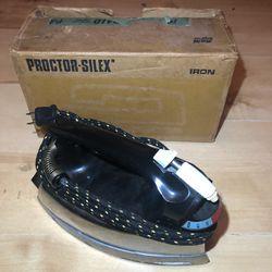 Vintage Proctor-Silex Steam Iron In Box Thumbnail