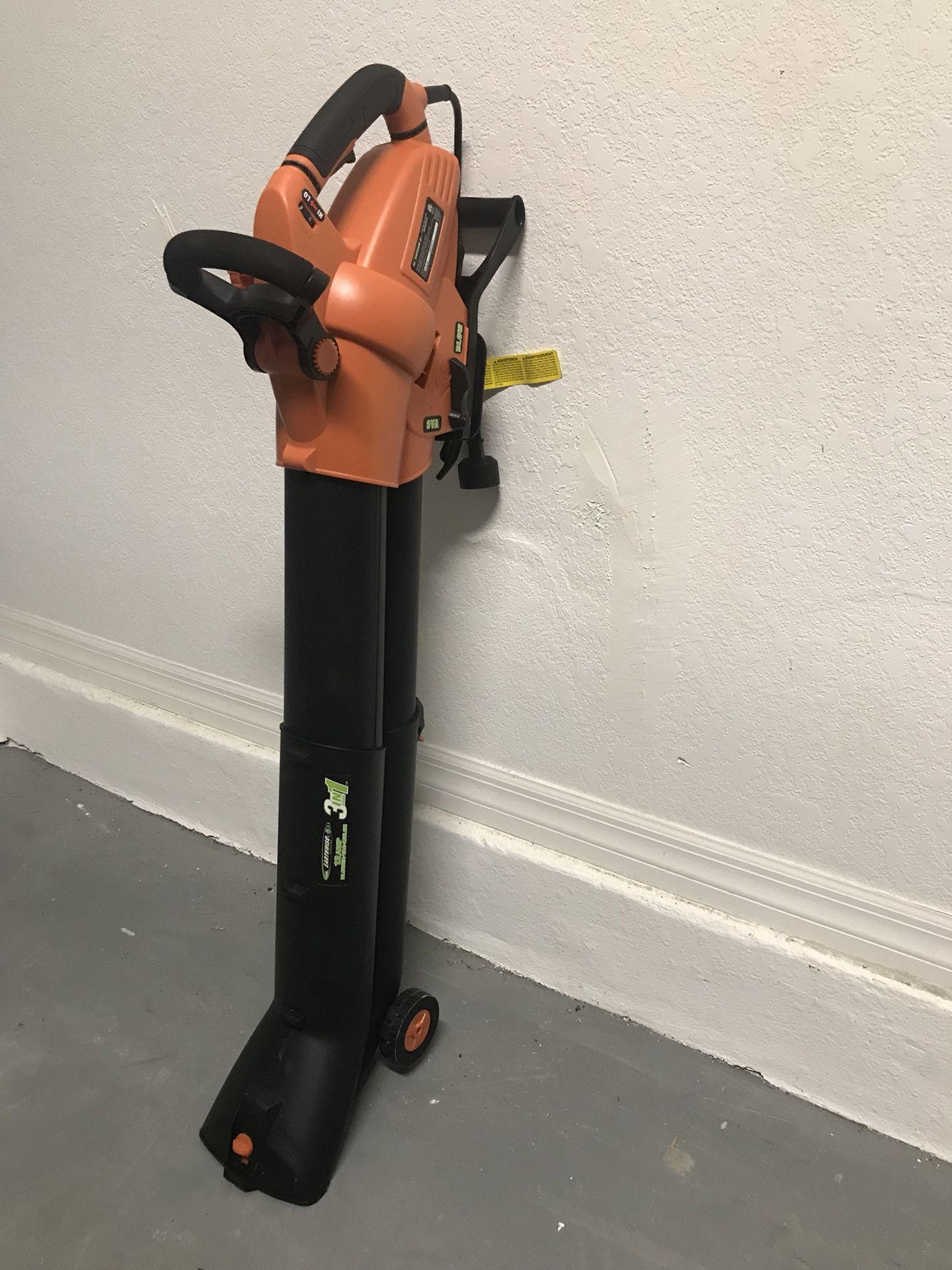 Blower, Vacuum and Mulch 3 in 1