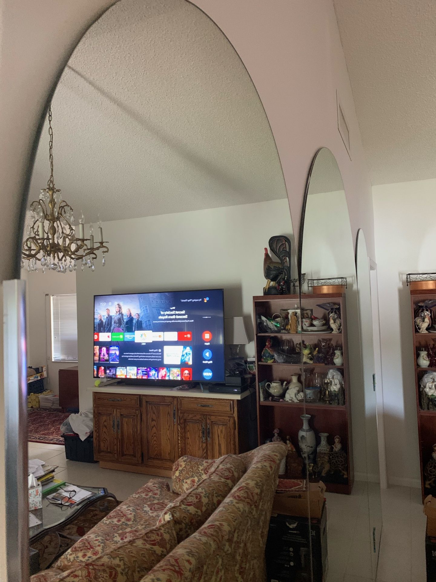 Three(3) Large mirrors oval shape on top, one large 2 Medium Size asking $390. Obo today