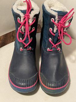 Keen Woman Winter Boots Size 37 Thumbnail