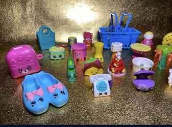 Shopkins lot of 25 toys  Thumbnail