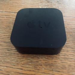 Apple TV (2) 32gb Thumbnail