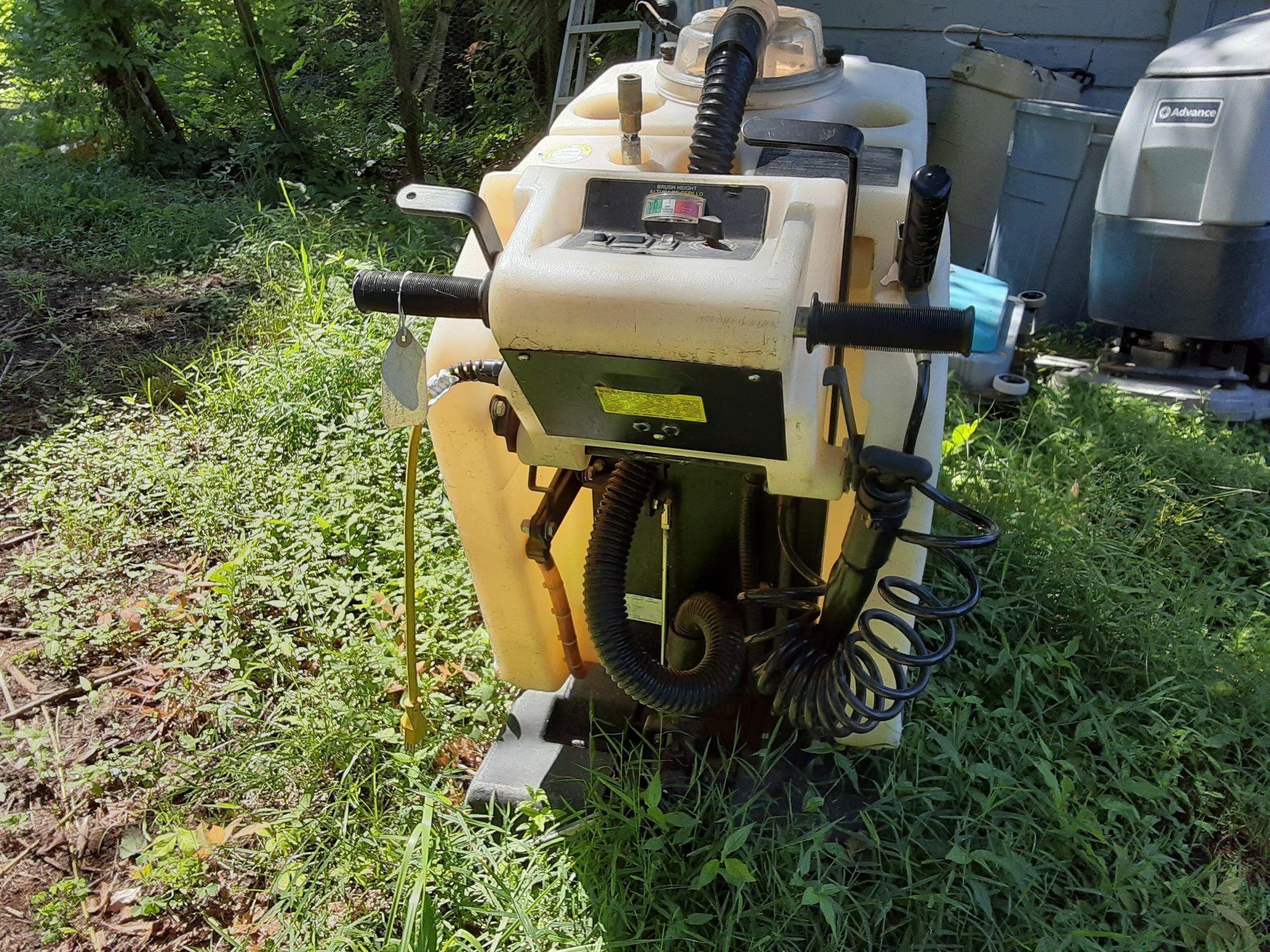 """Model 2800 Commercial 20"""" Floor Scrubbing Machine"""