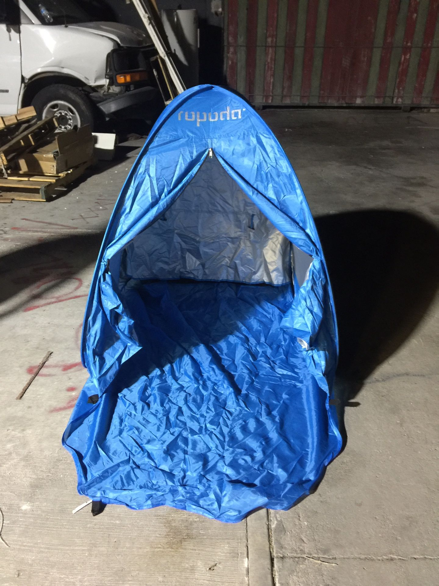 Ripoff beach tent