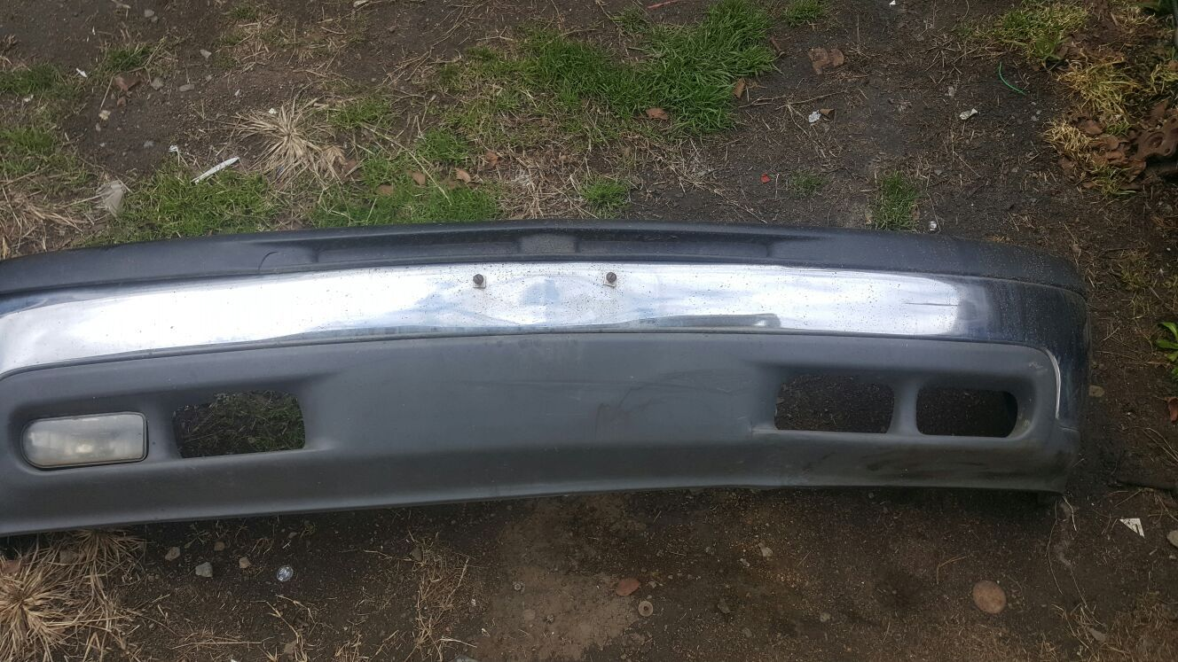 Front bumper for chevy tahoe/suburban/silverado from 2000 to2006
