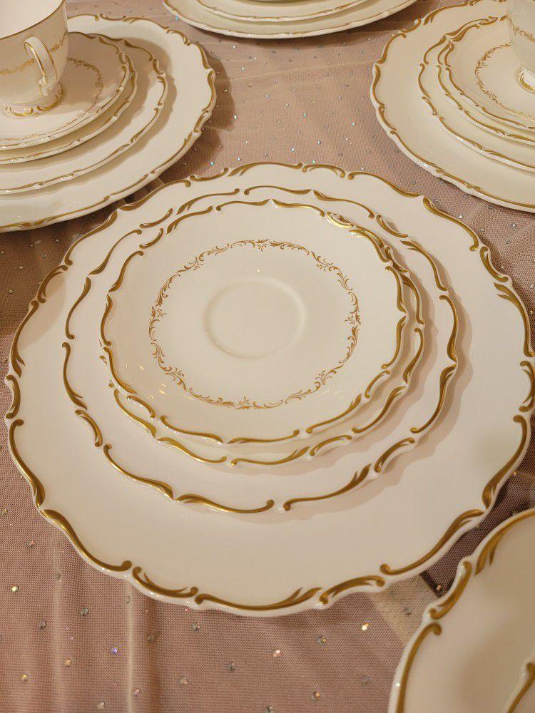 Royal Doultan Full Set Of Fine Bone China