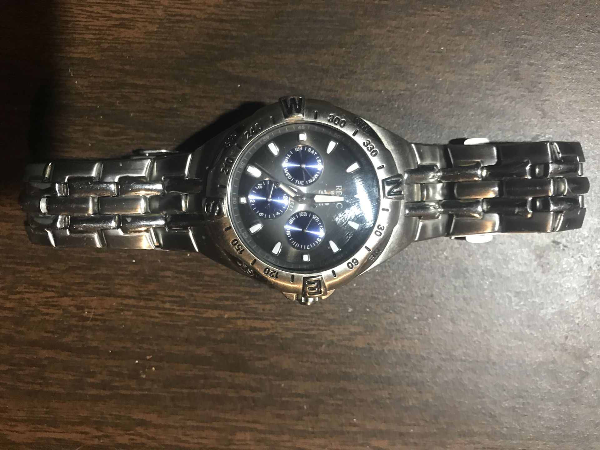 Men's Relic Silver Watch. NEEDS New Battery