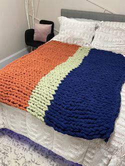 Hand made Chunky Blanket / throw blanket Thumbnail