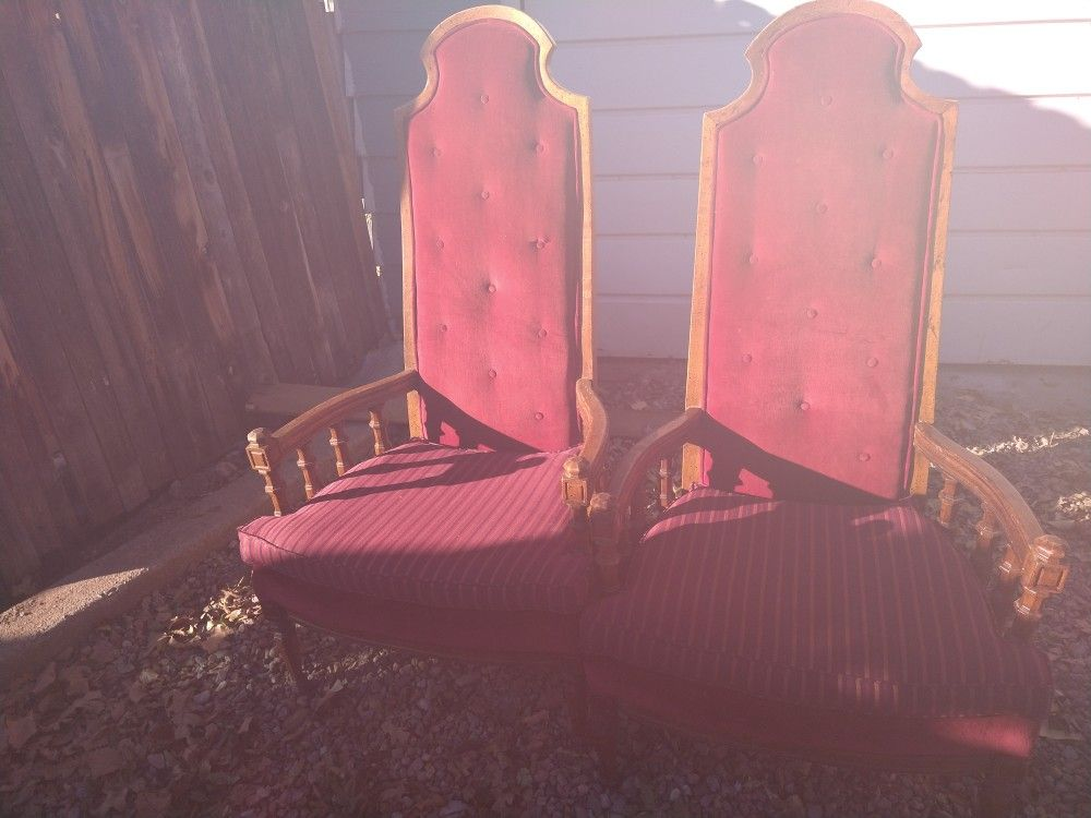 Set of 2 oversized king throne chairs