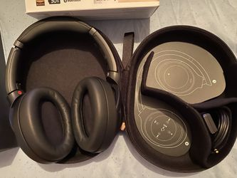 Sony wireless noise canceling stereo headset Thumbnail