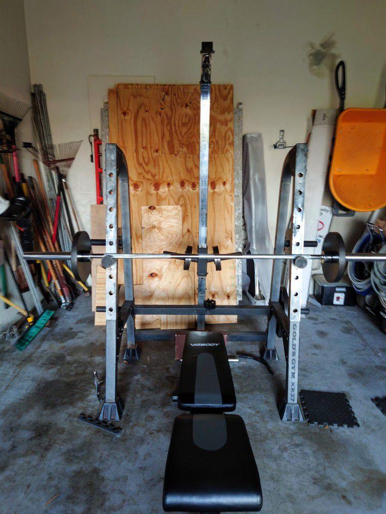 Bench Press + Weight Rack