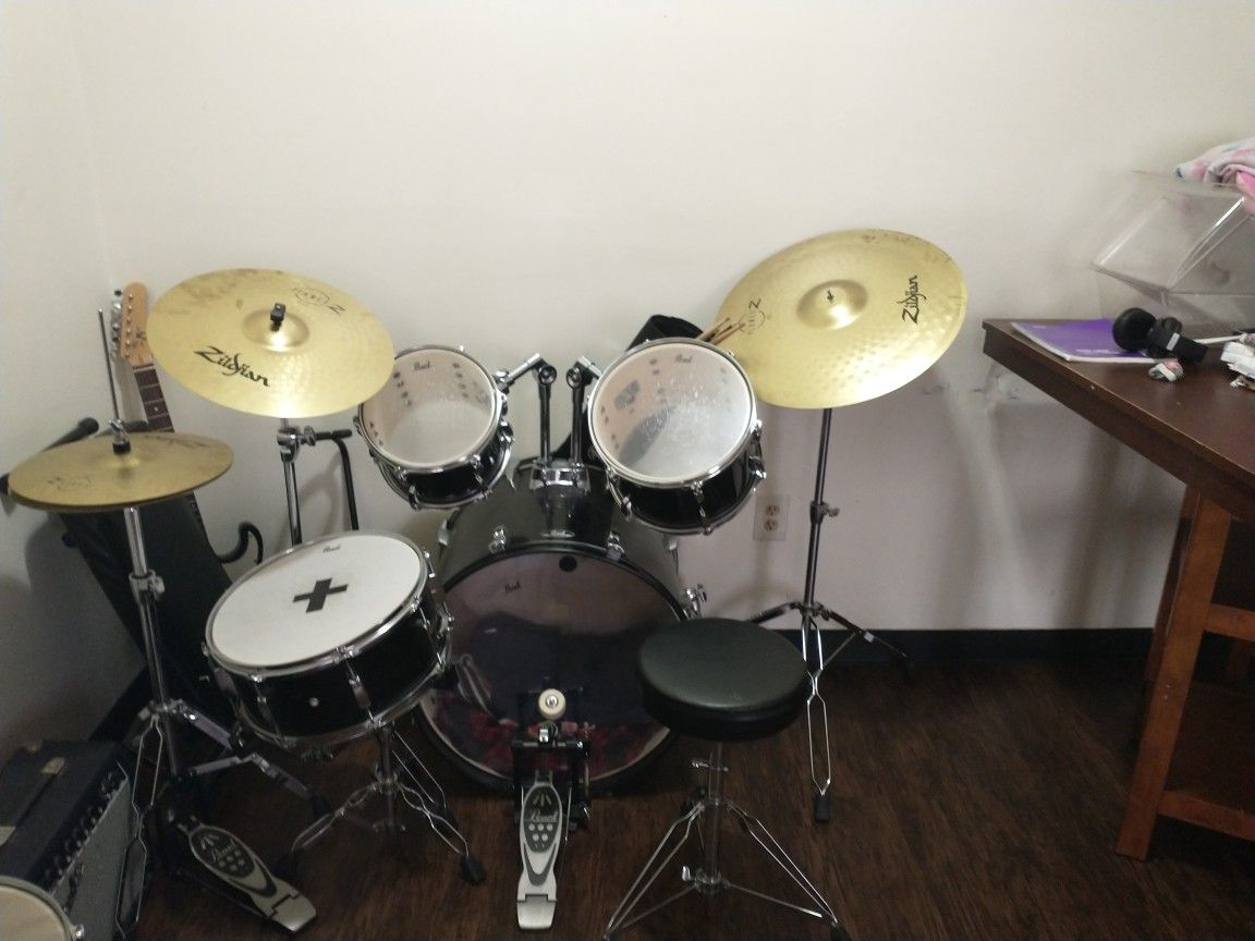 Eight Piece Drum Set Two Pair Of Sticks One Set Of Brushes Guitar Not Included, Or Your Best Offer.