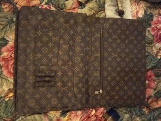 Authentic Vintage Louis Vuitton Briefcase/Laptop bag Thumbnail