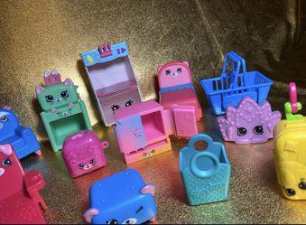 Shopkins Large Furniture Toys Lot Of 12 Thumbnail