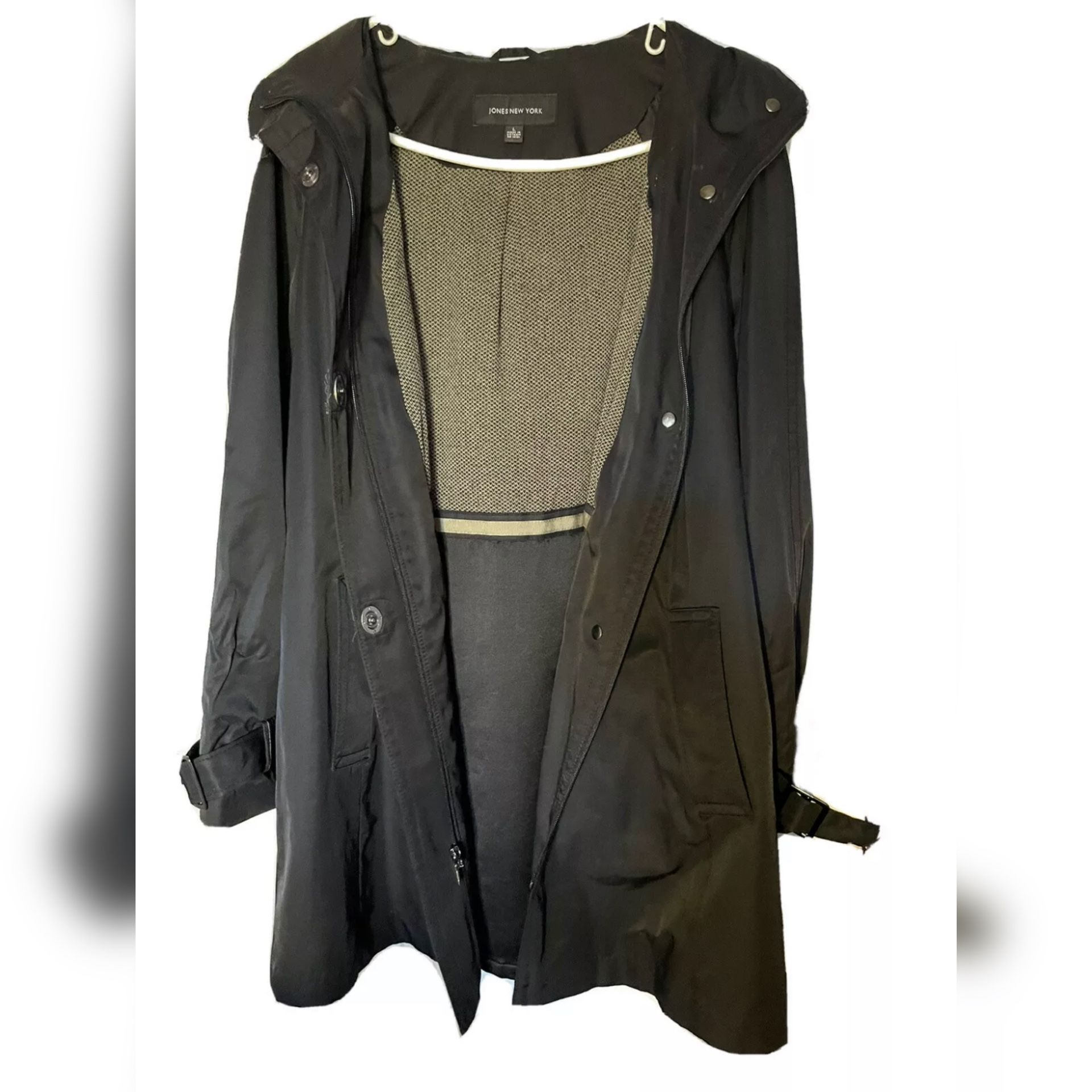 Jones New York Womens Rain Jacket Black Windbreaker Waterproof.