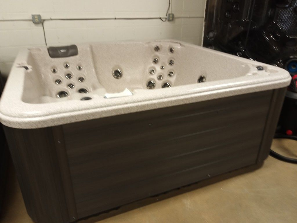 Hot tubs on sale huge savings and easy financing tubs are different prices based on size and equiptment