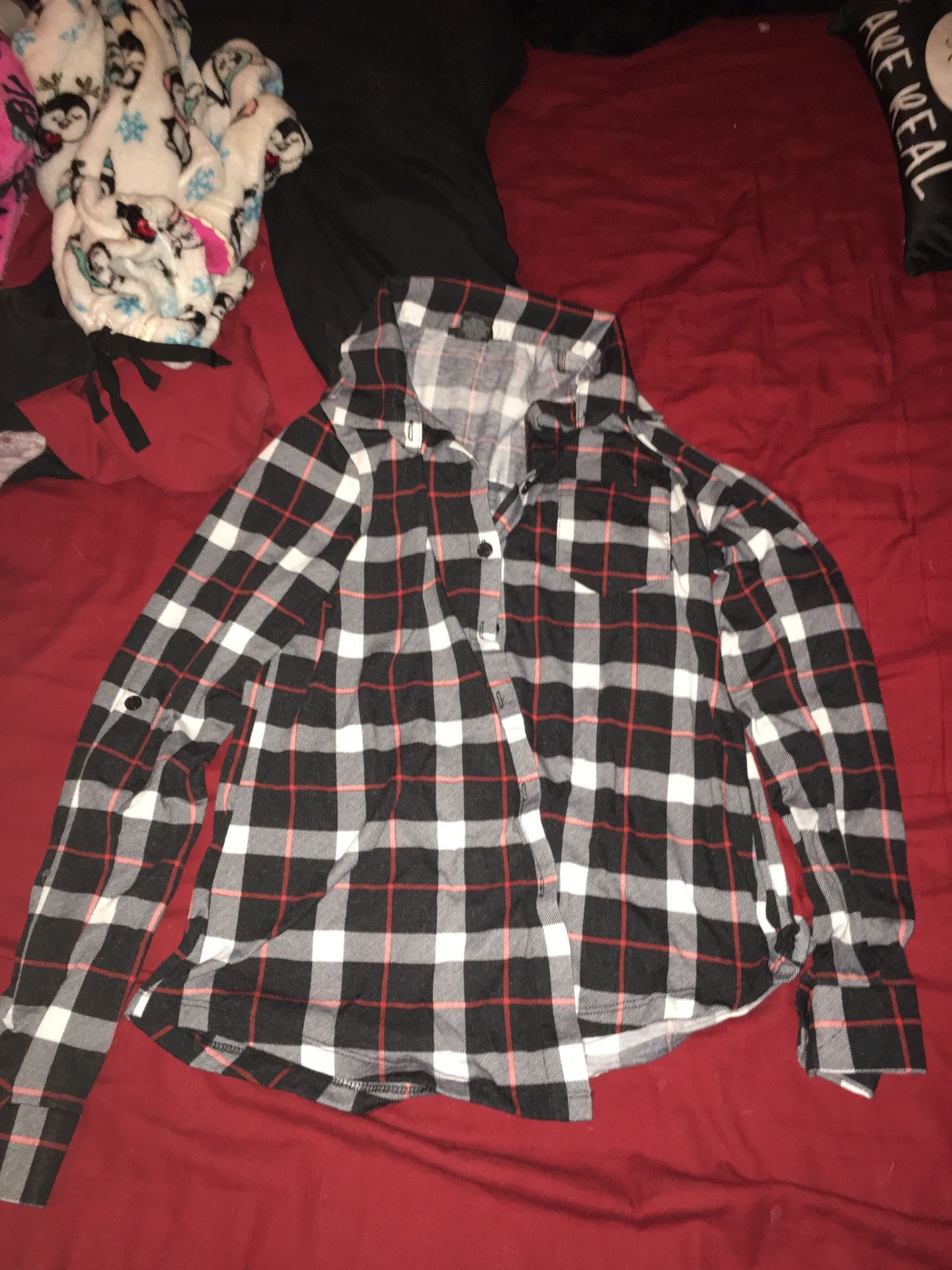 Women's size medium plaid shirt