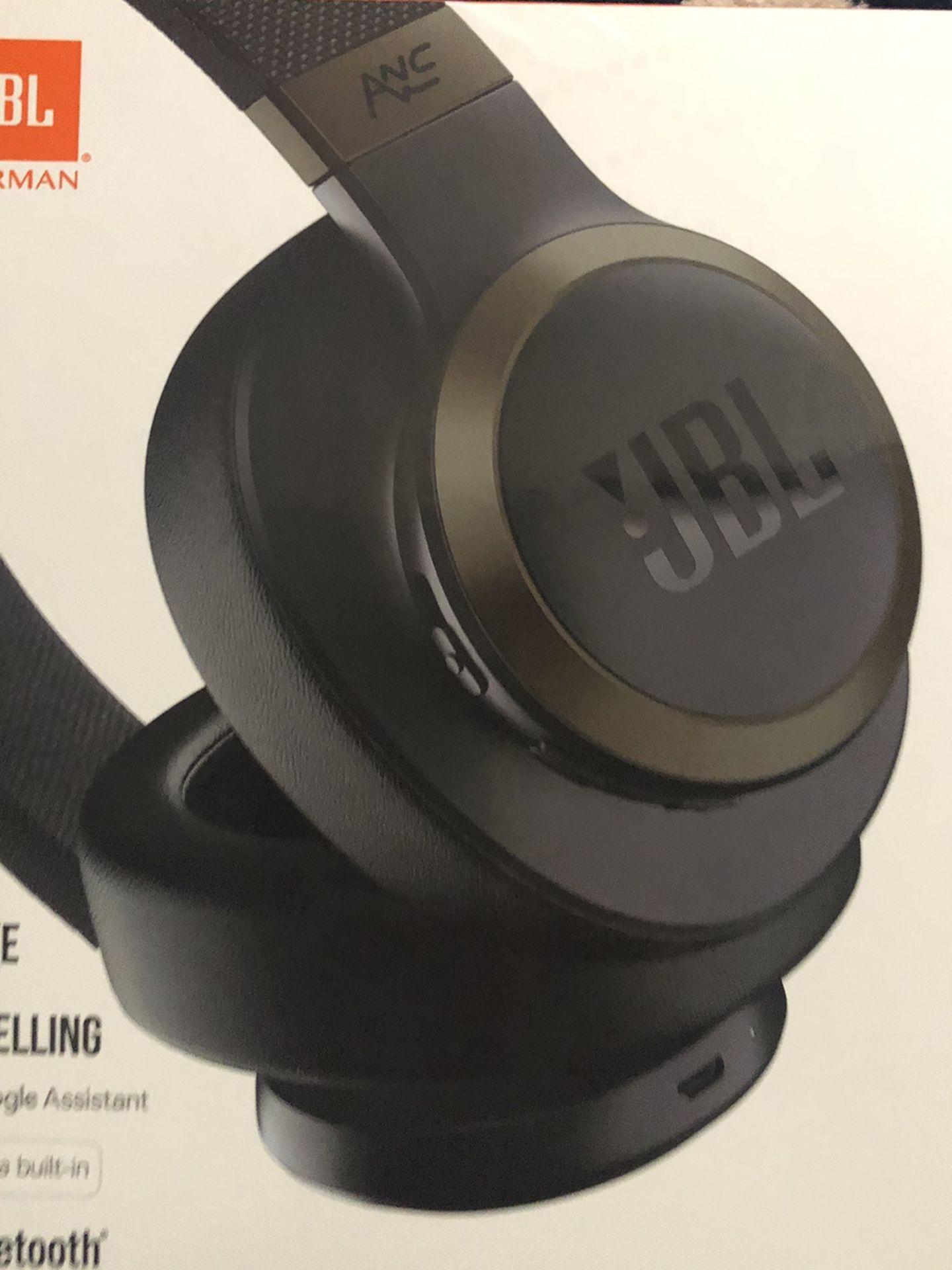 JBL LIVE650BT Wireless Bluetooth Headset Brand New Openbox