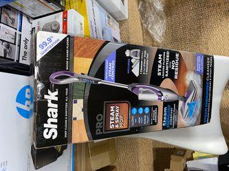 Shark Pro Steam and Spray Mop Thumbnail