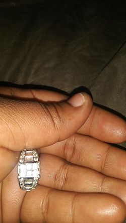 Engagement/wedding ring size (10) Thumbnail