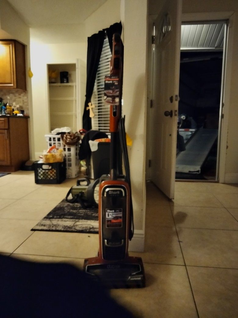 Vaccume Cleaner