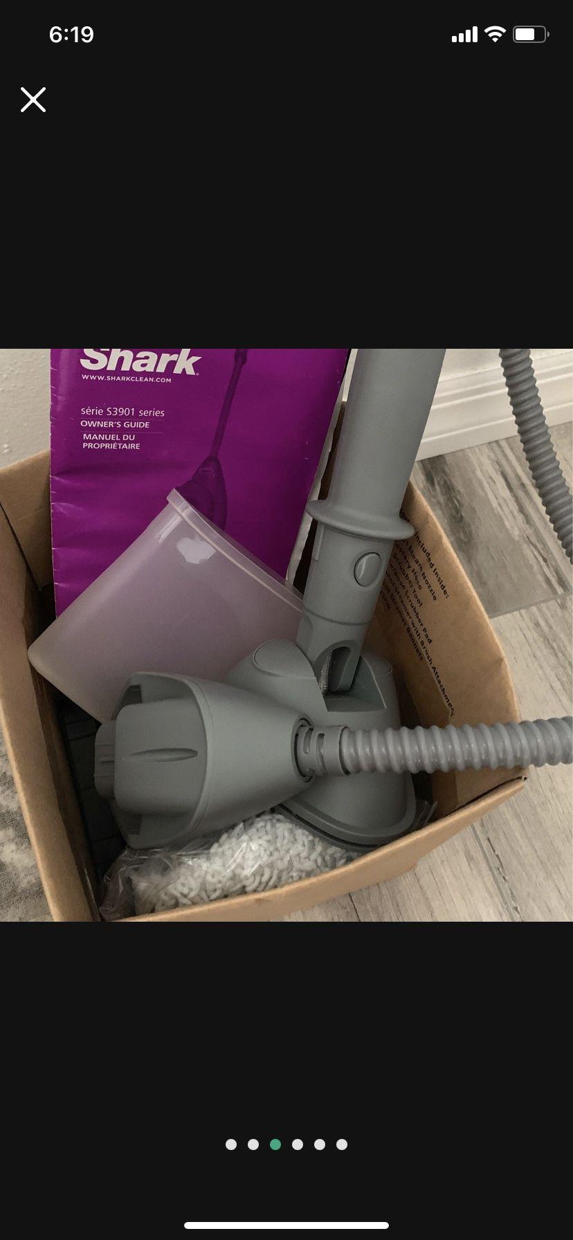 Shark Lift-Away Steam Pocket Mop