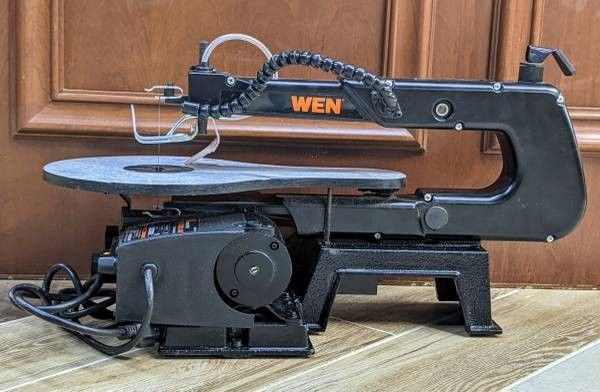 """Wen 16"""" Variable Speed Scroll Saw Model 3921"""