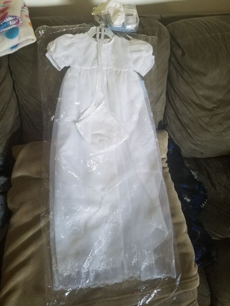 BRAND NEW CORRINE BRAND NB-3 MON & UP TO 6 MON. BAPTISMAL CHRISTENING BABY GIRL DRESS WITH TAGS STILL IN PLASTIC