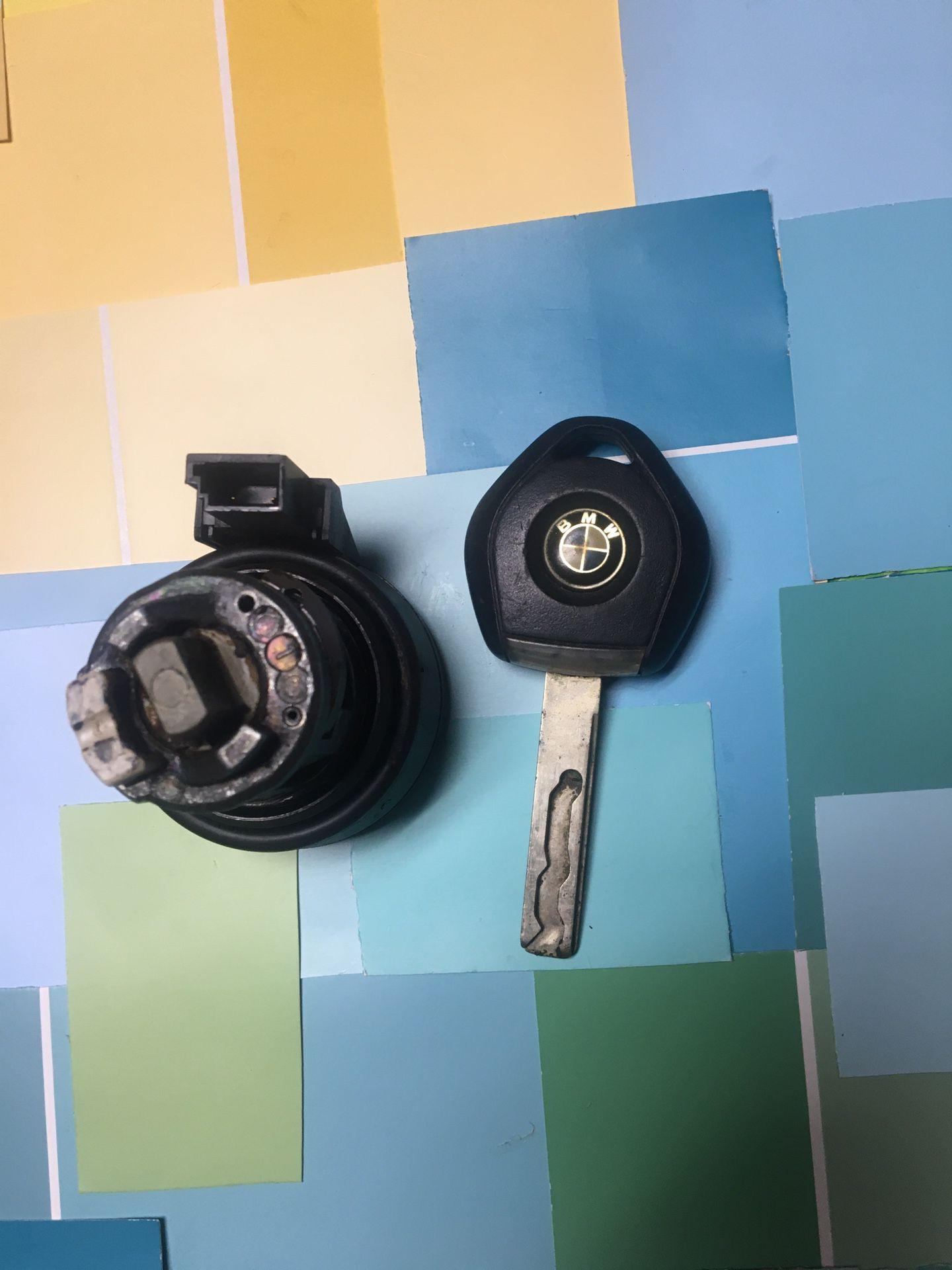 OEM 90's BMW Key , Halo And Tumbler Set