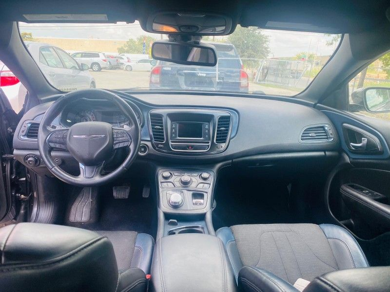 R u n s - n - drives perfect - 2015 Chrysler 200 S