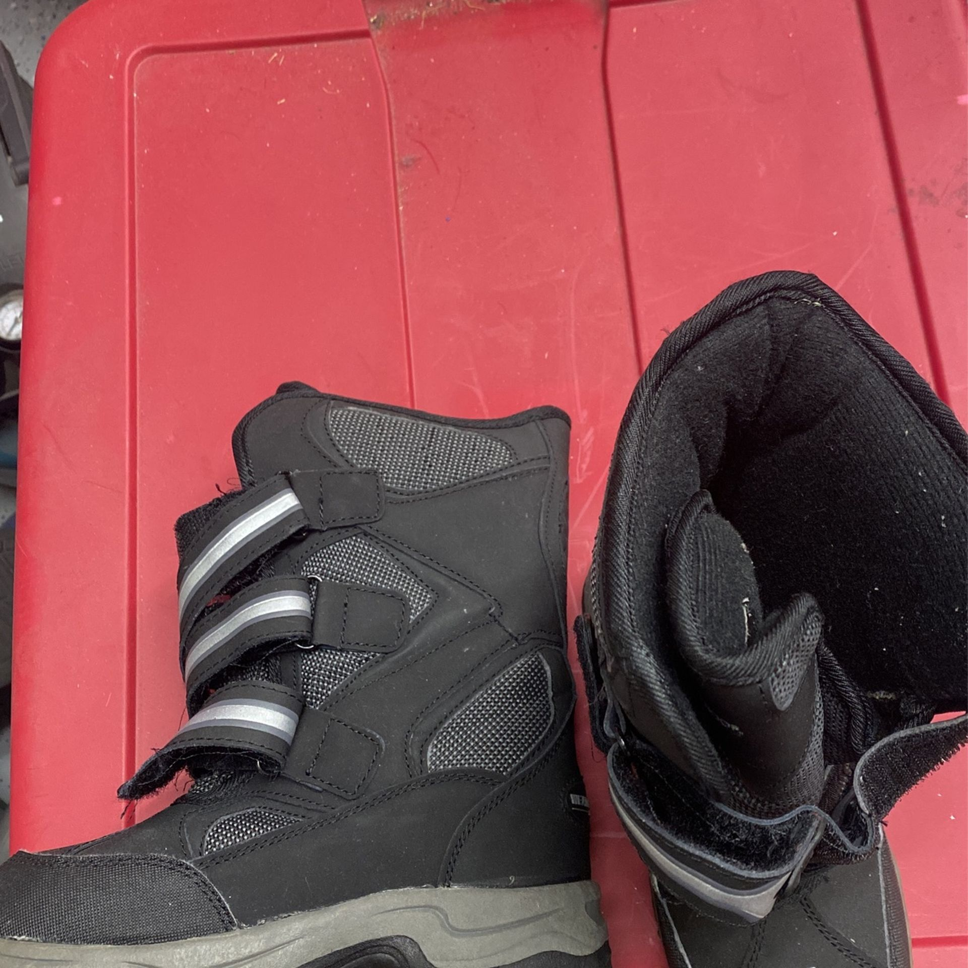 Toddlers Snow Boots Size 1