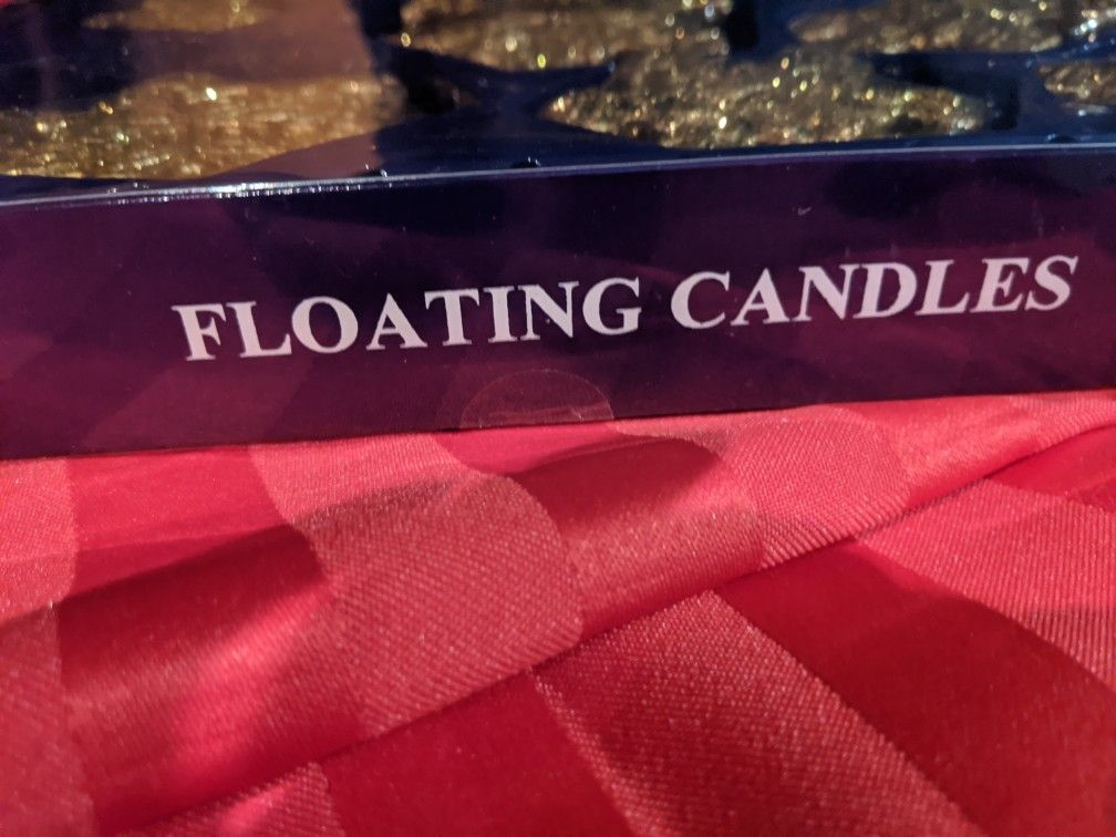 9 Floating candles
