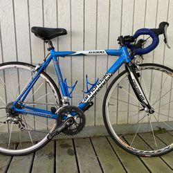 XS Cannondale R1000 Roadbike Thumbnail