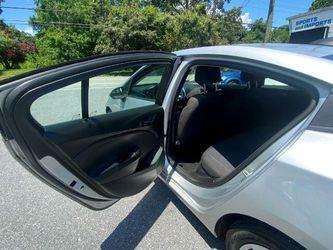 2017 Chevrolet Cruze Thumbnail
