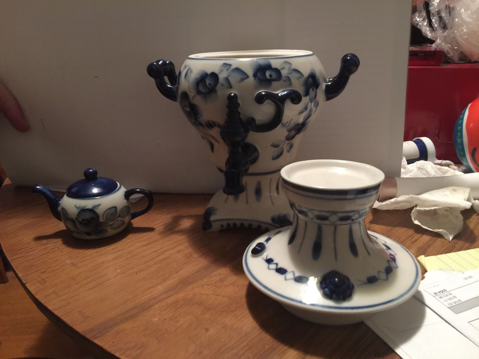 Vase and mini tea pot hand made in Russia