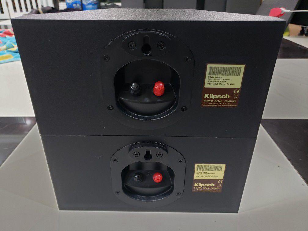 Klipsch RS 41 II 400 Watts Peak (Pair) Bookshelf or wall speakers like new, perfect working, amazing