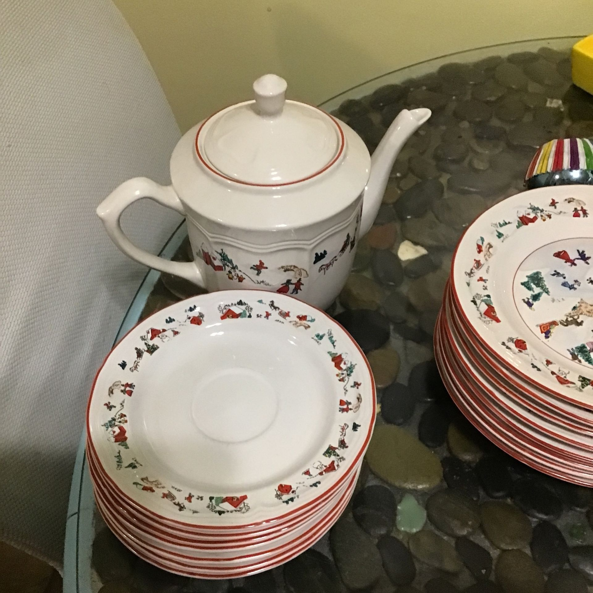 Faber ware white Christmas of 1995