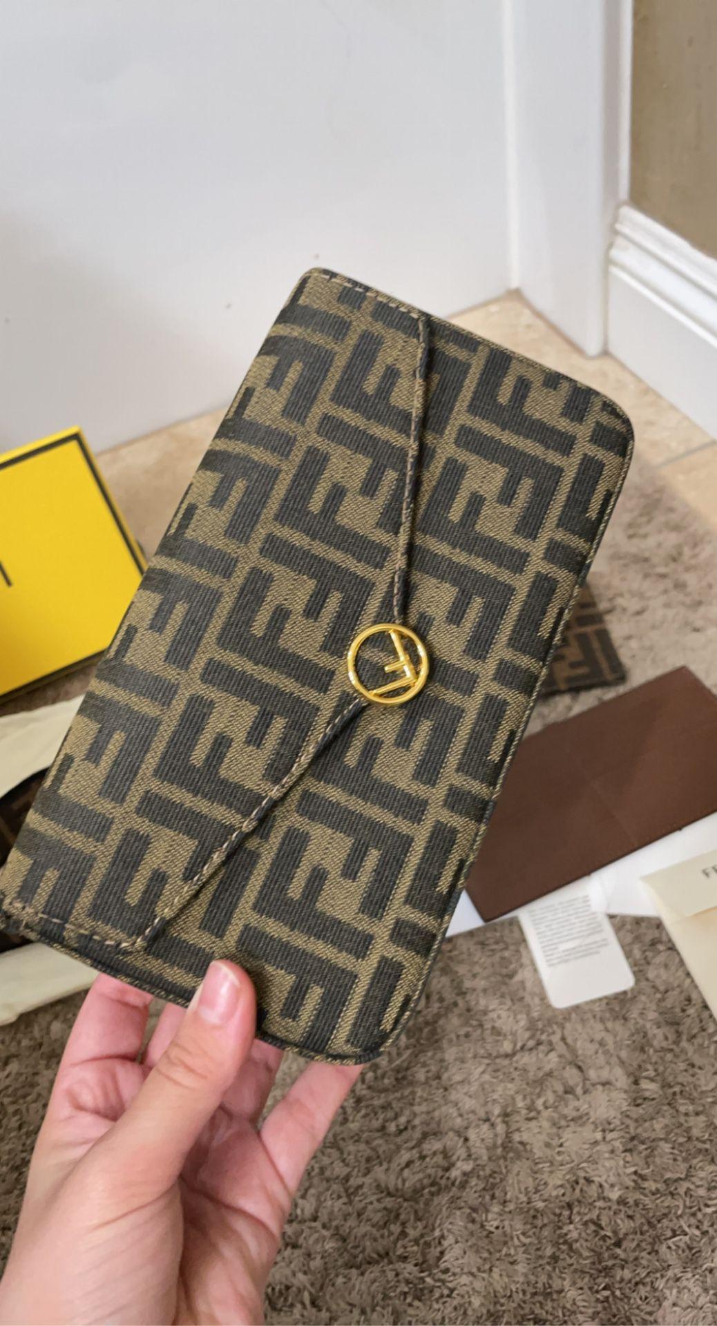 Fendi Baguette Wallet Bag