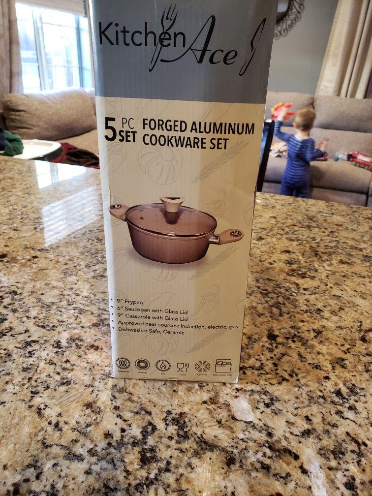 Cookware set new