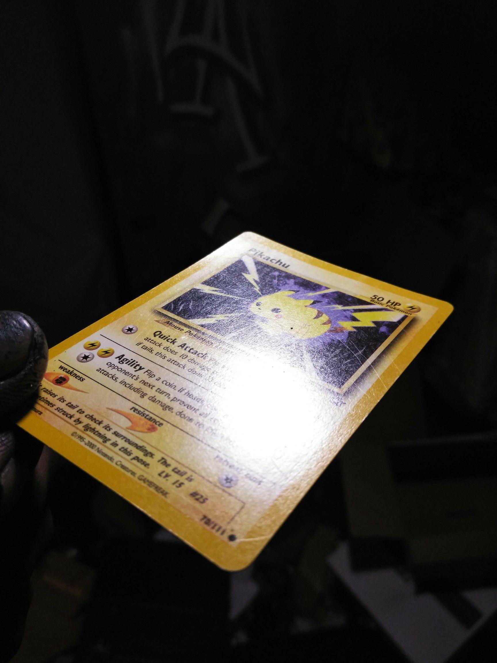 Pikachu pokemon cards