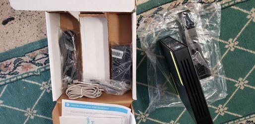 2wire Pace AT&T Uverse DSL Modem (3801HGV) Broadband Gateway Thumbnail