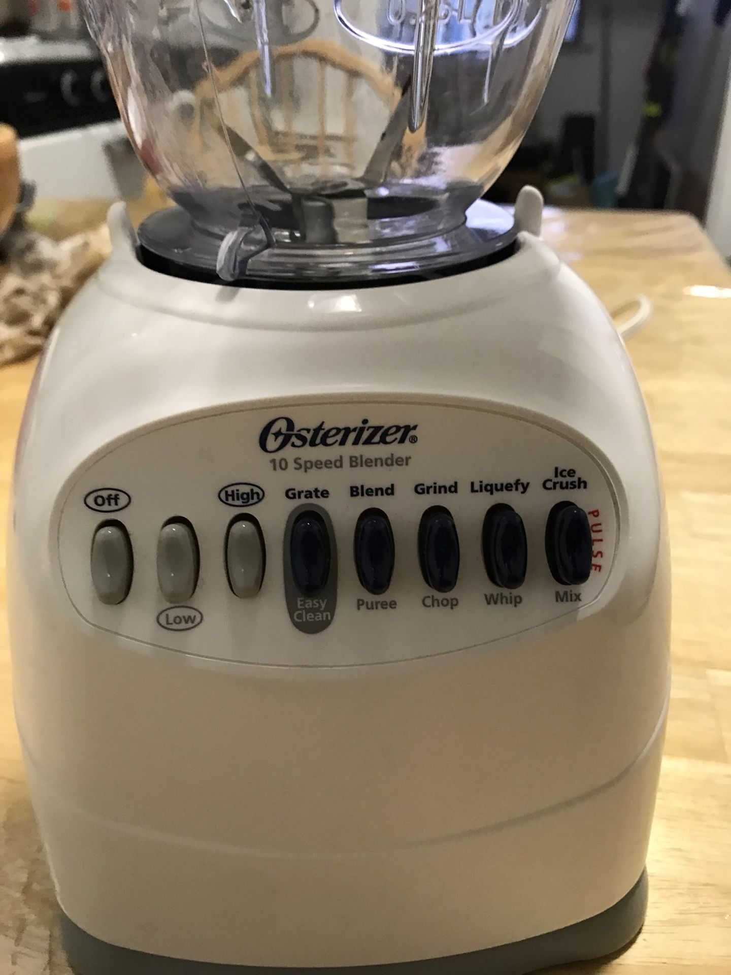 User friendly blender. Easy to use and your smoothie will be ready in a few mins.