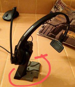 SENNHEISER Bluetooth Noise Canceling Headphones Thumbnail