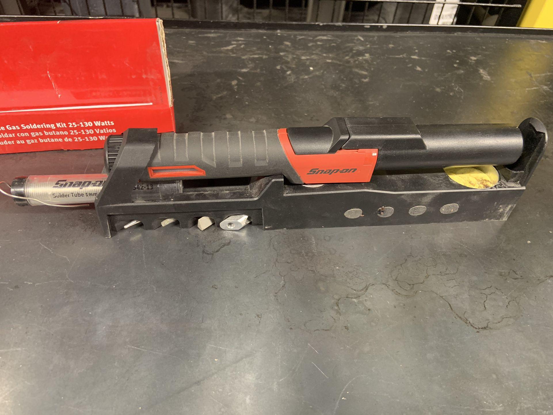 Butane Gas Soldering Iron Kit (25–130 W) (Red)
