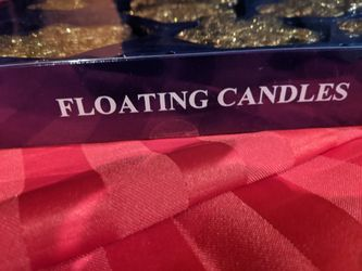 9 Floating candles Thumbnail