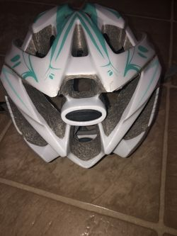 Cannondale adjustable sports helmet Thumbnail