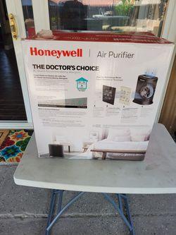 Honeywell Air Purifier  Thumbnail