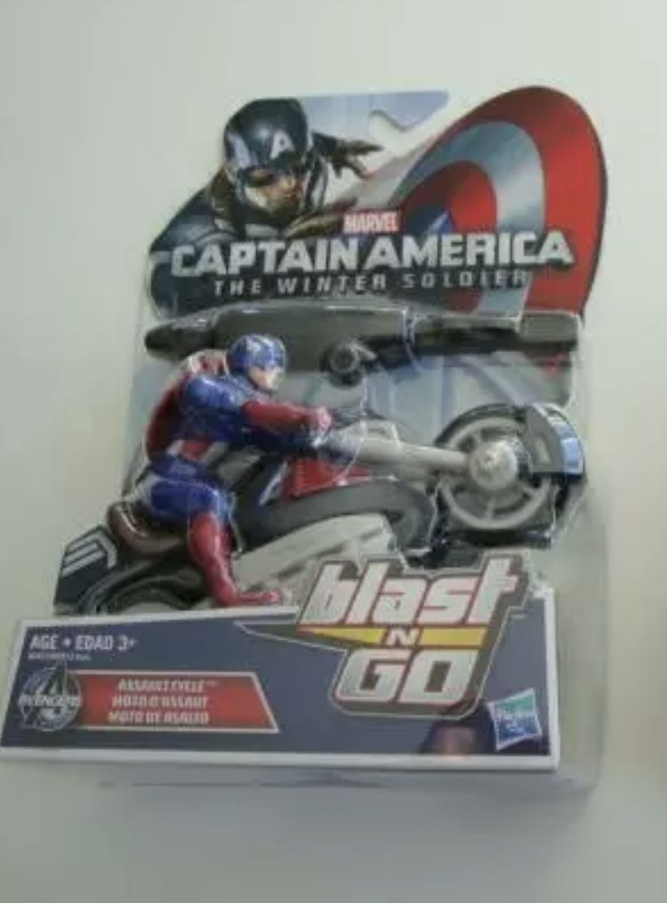 Captain America The Winter Soldier - Blast N Go  Assault Cycle