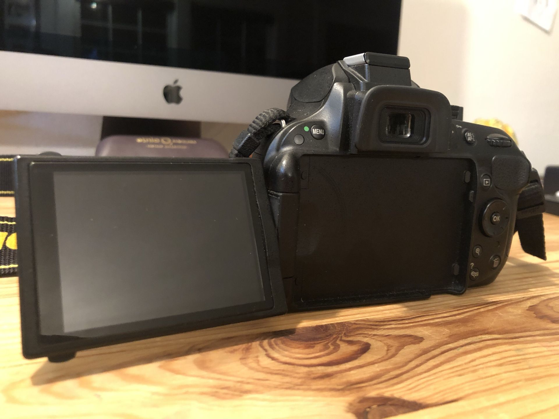 Nikon D5200 DSLR Camera Package